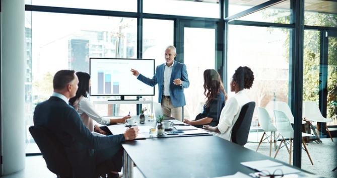 Strategy vs. Tactics – How to build customer loyalty
